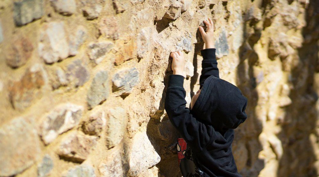 Kletterausrüstung Weil Am Rhein : Kletterzentrum rocks. klettern in jena